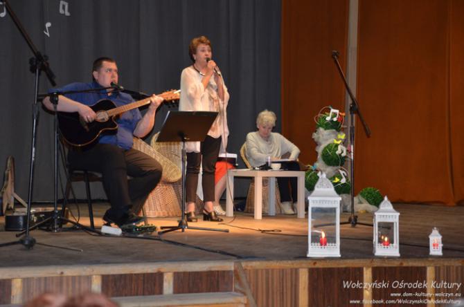 Galeria wieczór poetycko-muzyczny