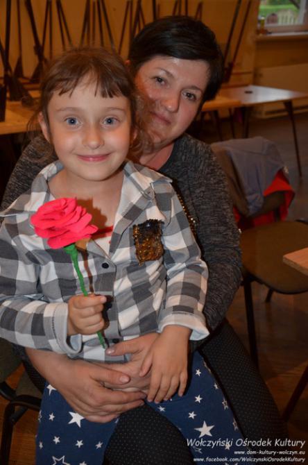 Galeria kwiaty z krepiny Wierzbica