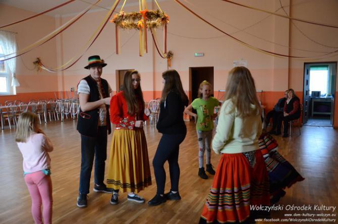 Galeria Tańcz i śpiewaj na ludowo SZUM