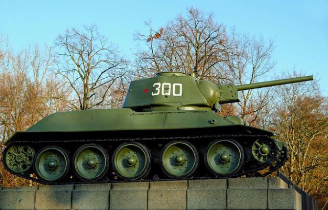 tank-t-34-76-2041100_960_720.jpeg