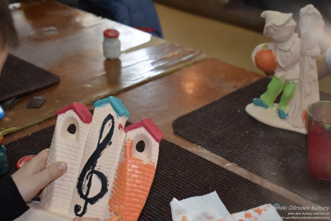 Galeria Malowanie figurek biskwitowych